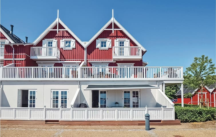 Holiday apartment with 2 bedrooms on 94m² in Gråsten