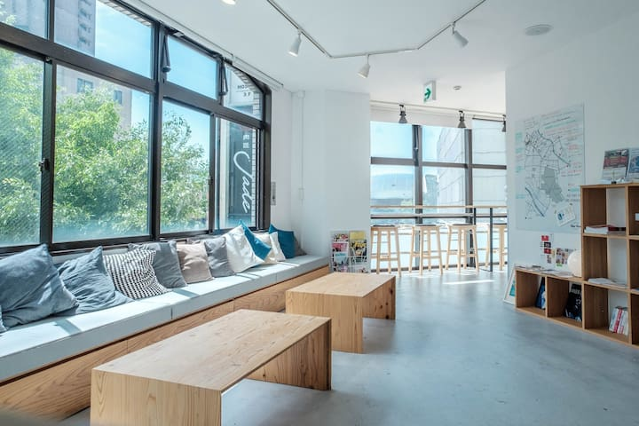 【3min from Sta.】Mixed Pod Dormitory with Free Wifi
