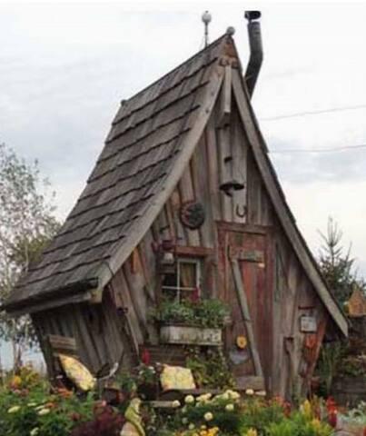 Tbilisi Hut