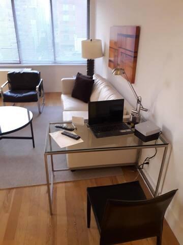 pvt room w bath fully furnished luxuary 2BHK