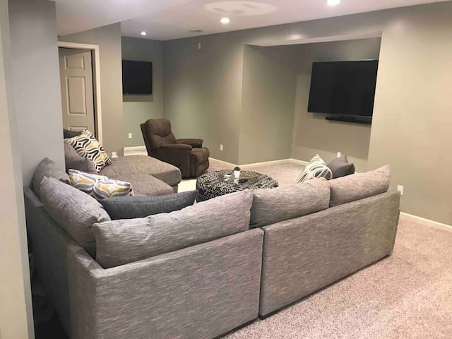 Beautifully Updated Private Space!!!
