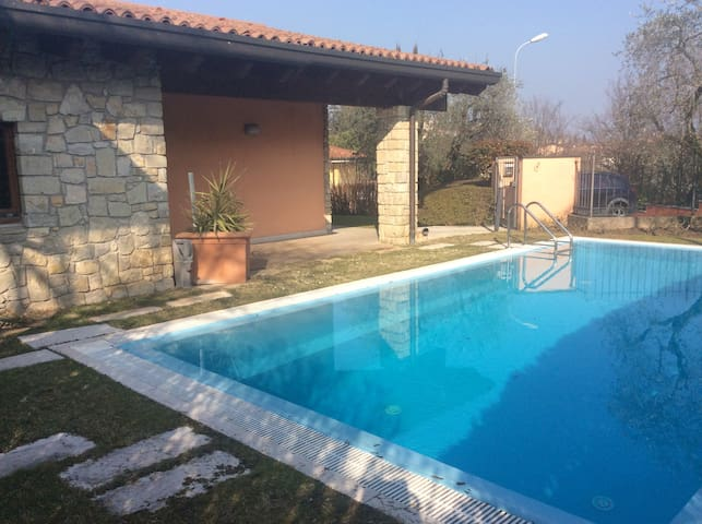 Lake House with private pool - Soiano - Villa