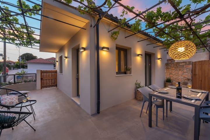 Villa Dimitra - Saint Nikolas Retreat