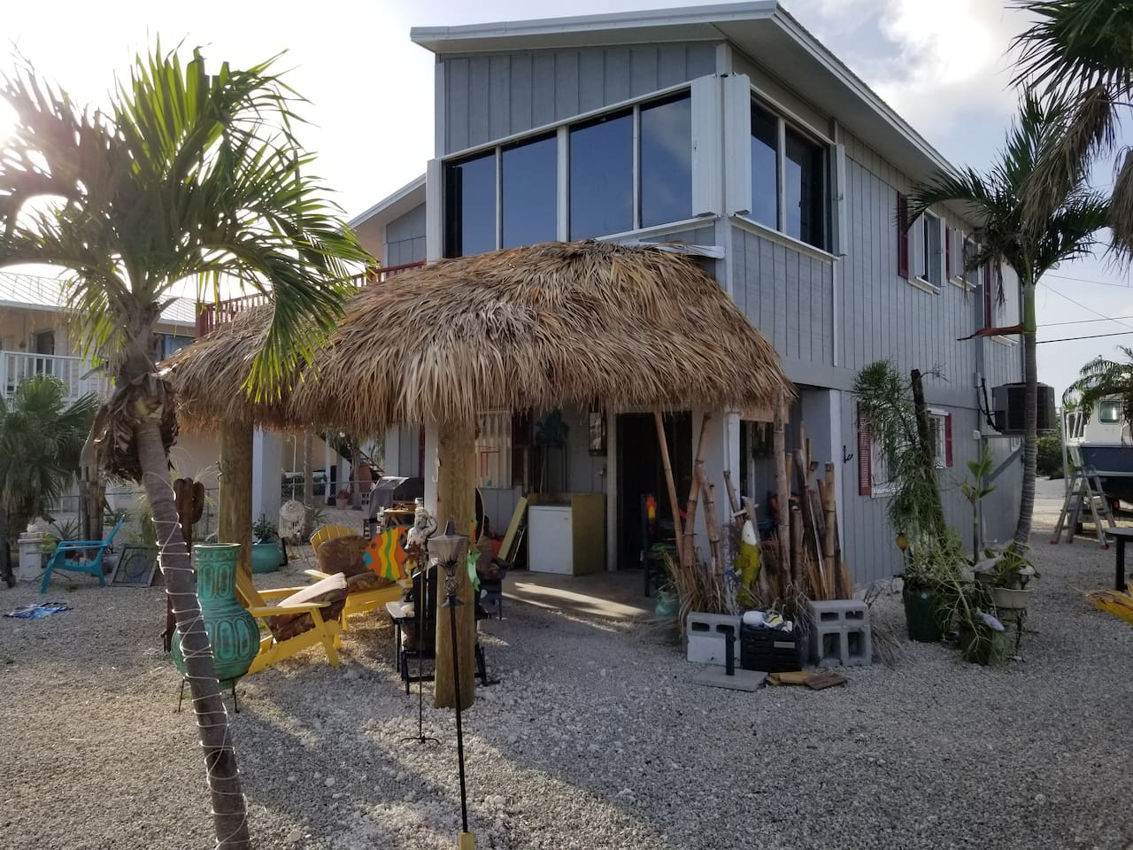 Enjoy Shade of the Tiki Hut or lay on in the Sun in the back yard