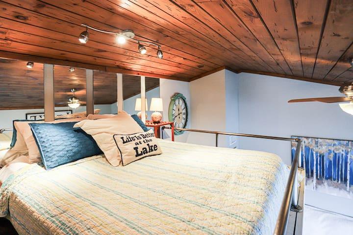 Queen Bed Loft