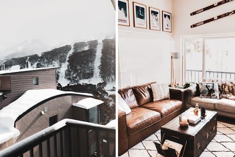 APRÈS VOUS | Sacha's Apartments With A View