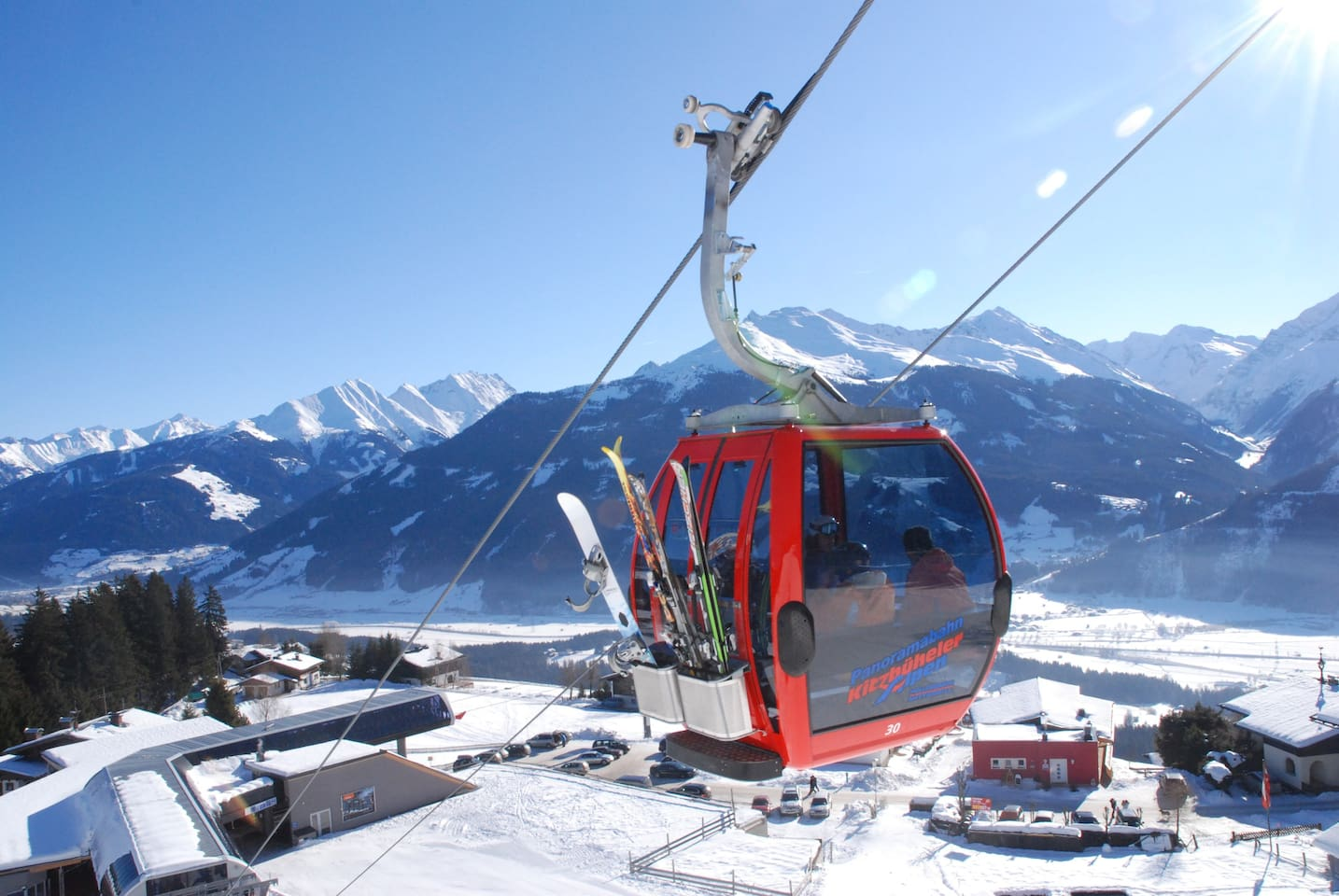Our Restaurant to the right (red house) and the middlestation with the gondola 1 min to walk