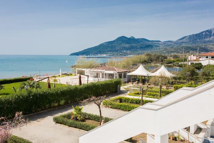 residence direttamente sul mare (camera hotel 18a)