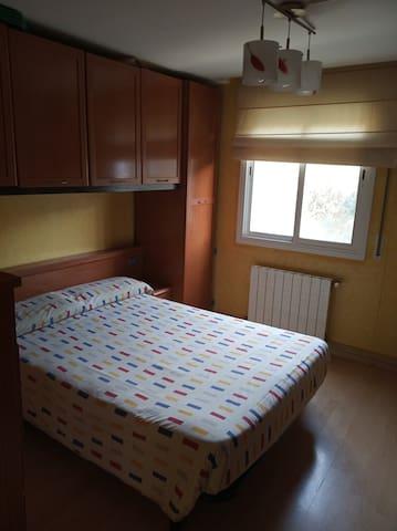 Alquilo una habitación por noches 30€ noche