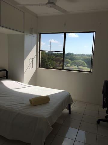 Quiet Privat Room with Garden View