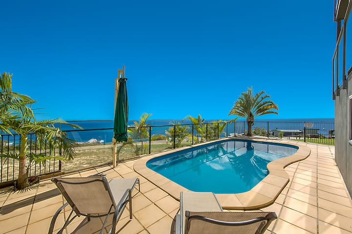 Luxury Island Accommodation for up to 10 guests