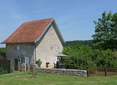 Idyllic 16th Century Stone Cottage - Boudreville - Haus