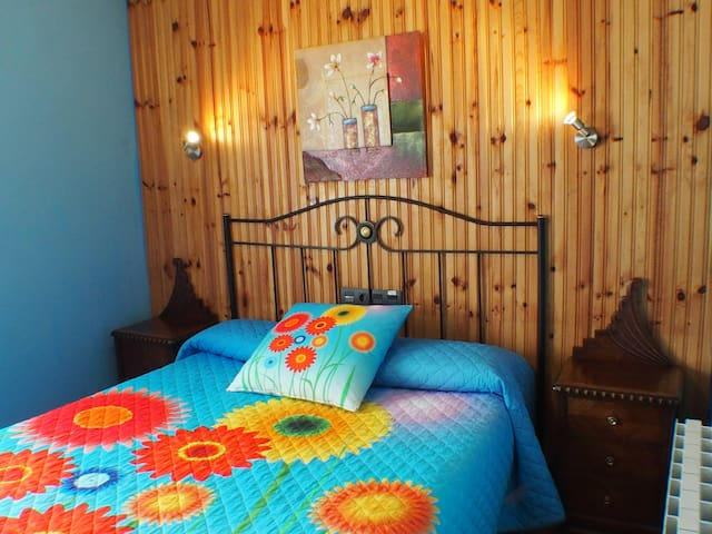 Habitación triple CasaRural Arboliz - Ibarrangelu