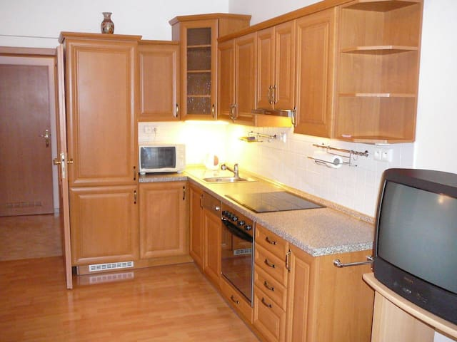 Apartment for 3 people next to Vinohrady area