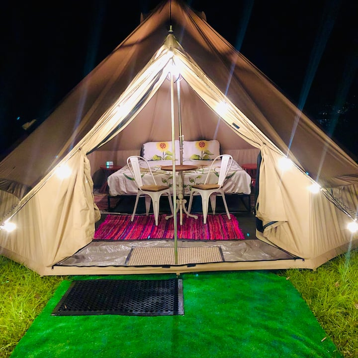 Blueberry Downs Farm Stay Glamping