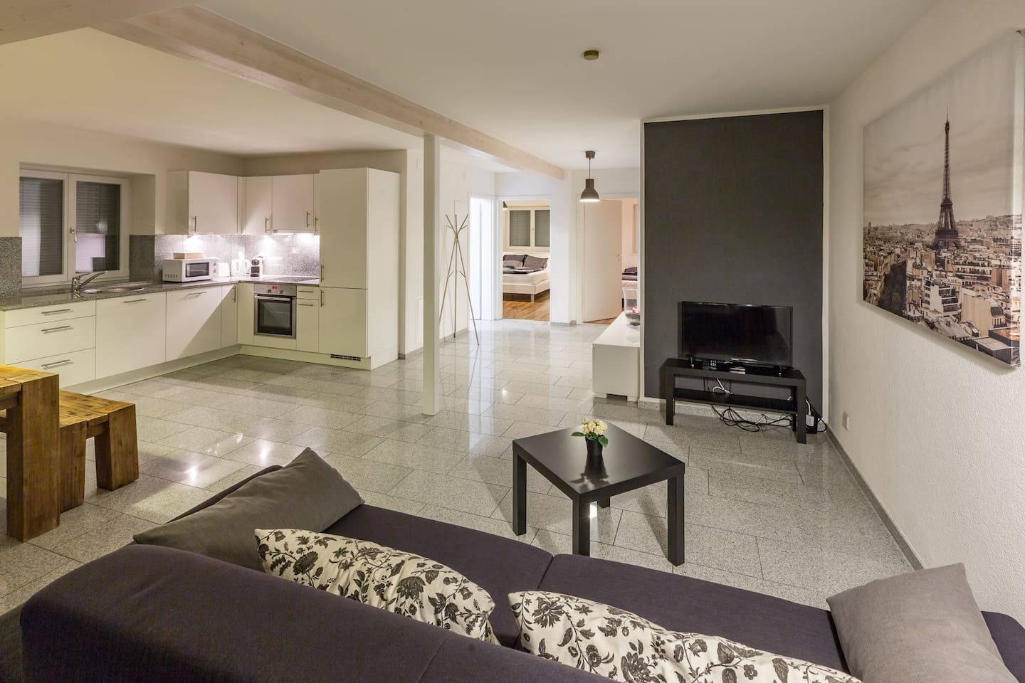 Modern 2 Bedroom Serviced Apartment for up to 5 Persons | Airstay® Basel, Switzerland
