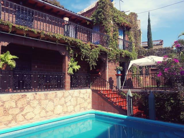 Casa Bugambilias. Taxco de Alarcón