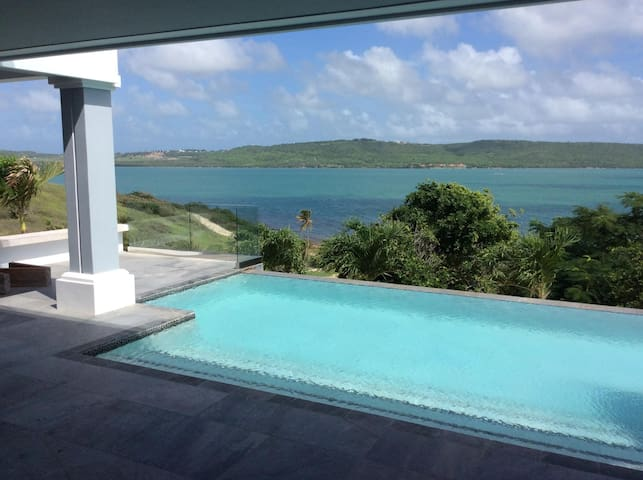 Willoughby Heights, Antigua - Piccadilly - Villa
