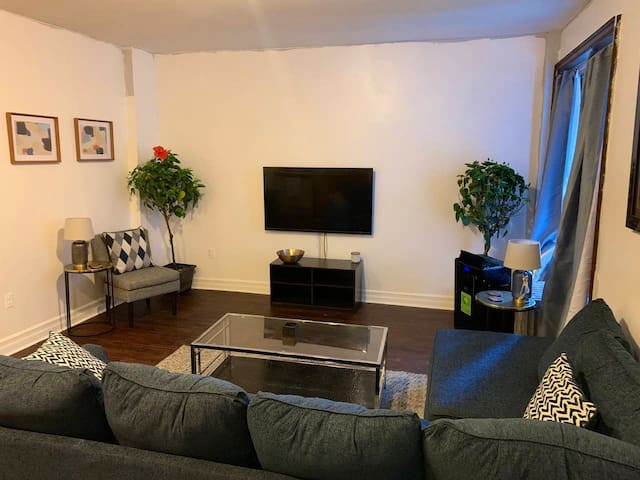 Beautifully remodeled & affordable Bronx apartment
