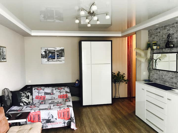 Cozy apartment near Feride Plaza with free parking