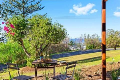 Banksia Terrace