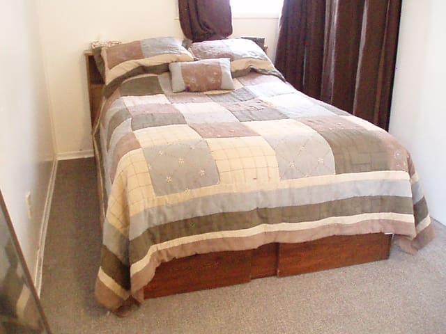 Cozy Cottage, Self Catered with 2 Bedrooms - Canora - House