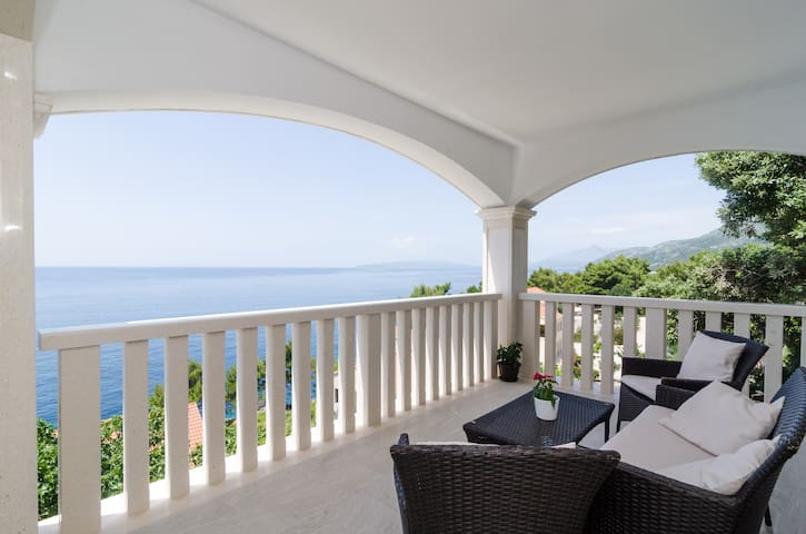 Villa Bella Vista - Two Bedroom with Sea View - Potomje