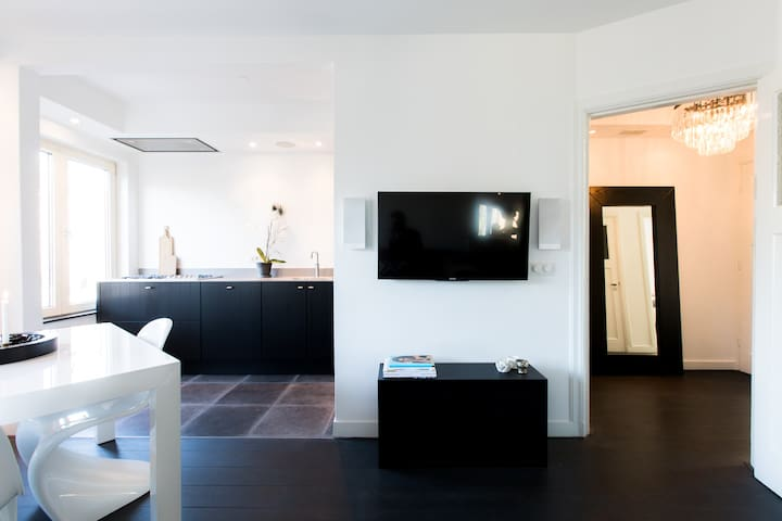 Modern Comfortable  & quiet 2 bedroom apartment - Amsterdã - Apartamento