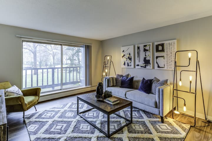 A place of your own | 2BR in Bloomington