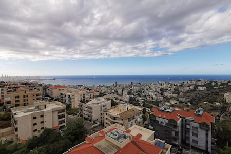 New furnished appartment, quiet area, sea view