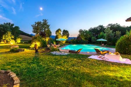 Villa La Fornacetta - Provincia di Macerata - Villa