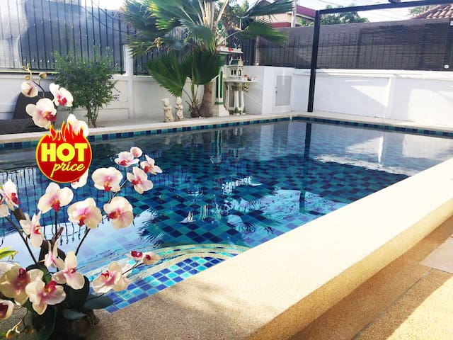 Villa 3 BDR with Private Pool in ❤ Center Pattaya - Muang Pattaya - Villa