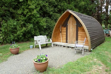 ★The Ark unique & cosy in secluded parklike garden - Katikati - Cabaña