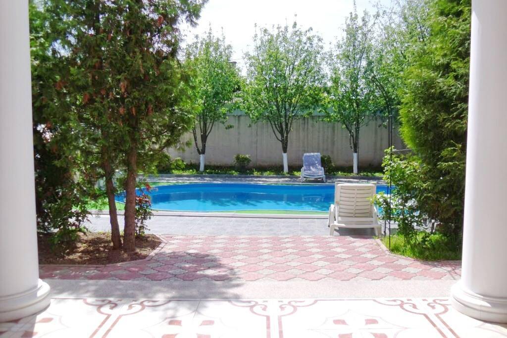 House territory plus Pool