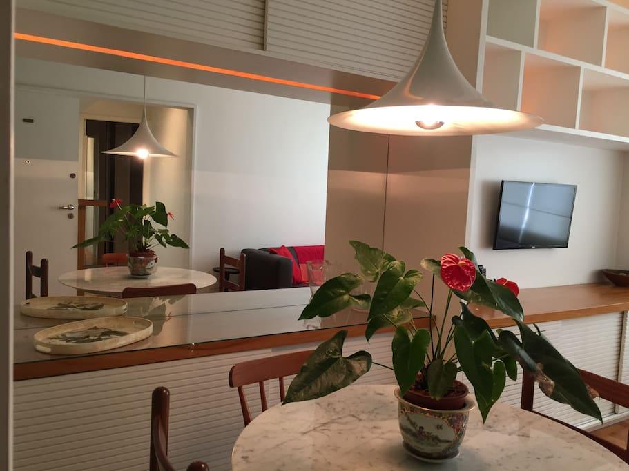 Apartamento muito bem decorado e perfeito pra você! // Well decorated apartment perfect for you!