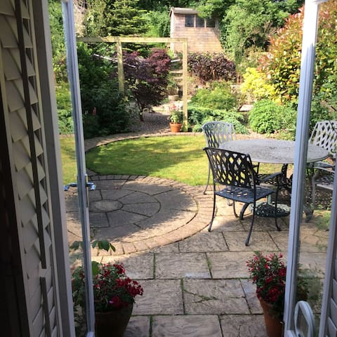 Charming 3 bedroom terrace in central Petersfield - Petersfield - Huis