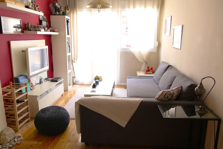 Cozy-Fully furnished apartment