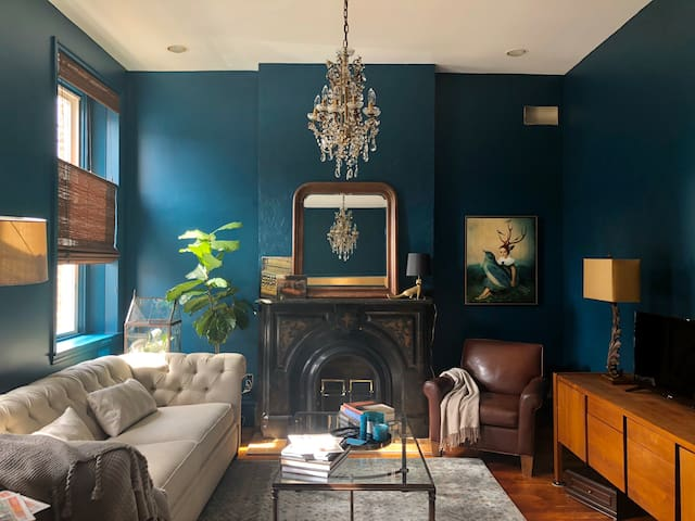 Perfect Location in Lawrenceville: Designer's Home