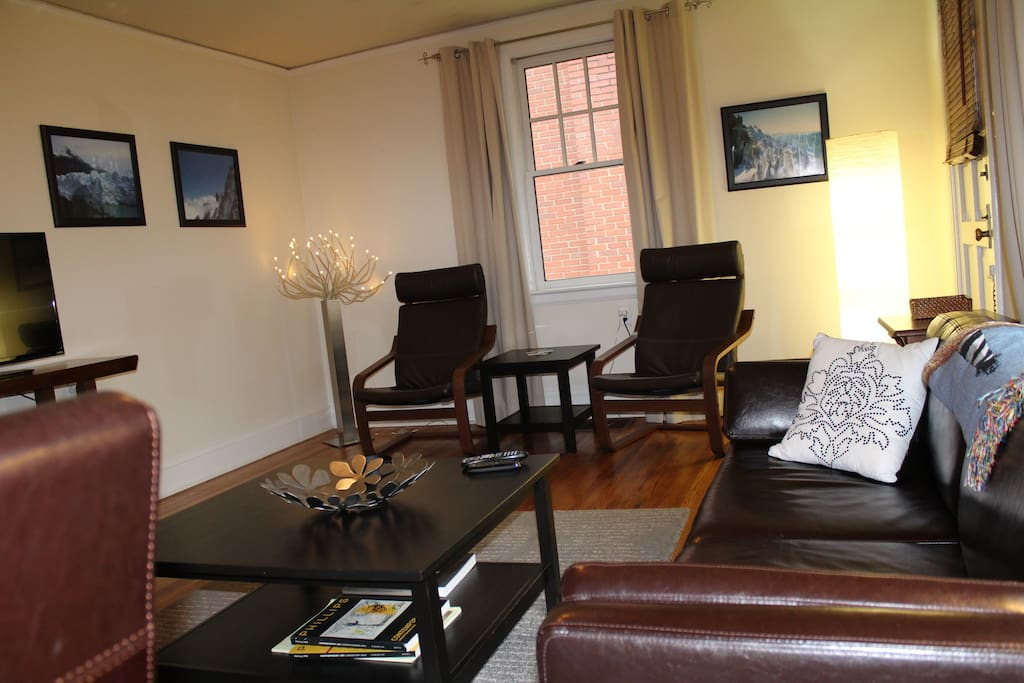 Very Central Cozy 2 Bedroom 1 Ba Apartments For Rent In