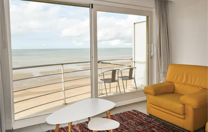 Holiday apartment with 1 bedroom on 65m² in Oostende