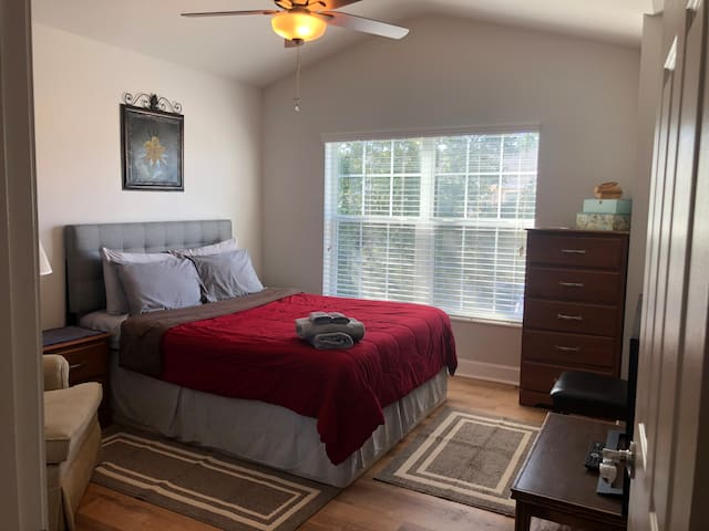 Bed & Bath Guestroom Bartram Area