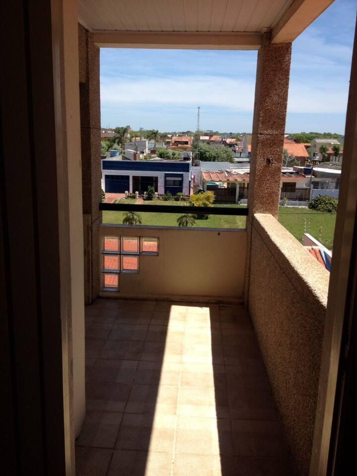 Apartamento próximo da praia e da Av. Rio Grande