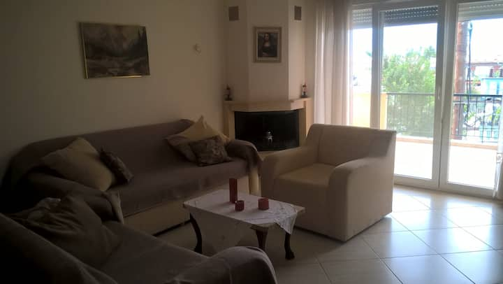 Spaaacious apartment in Chrysoupoli