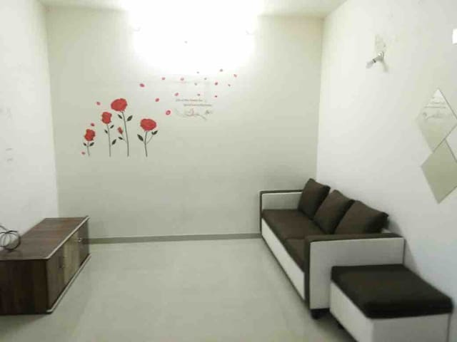 Comfortable 1BHK Air conditioned Apartment