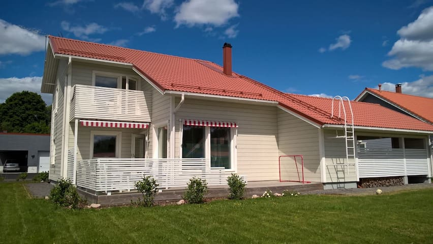 A house with Garden, 4 bedrooms - Kaarina