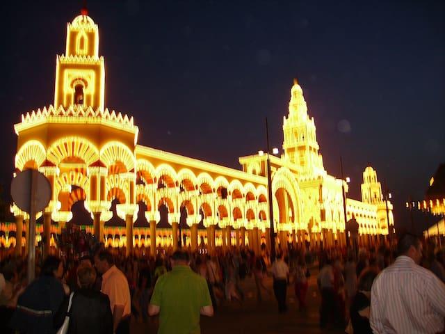 A 5 MINUTOS DE LA MEZQUITA-JUDERIA - Córdoba - Leilighet
