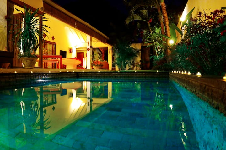 Villa Mano 2BDR s.pool SEMINYAK
