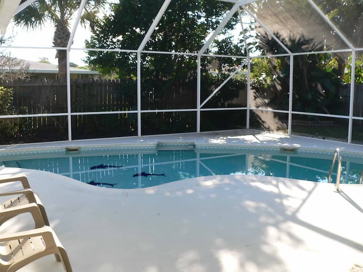 3 bedroom pool house on the beach, Ormond Beach