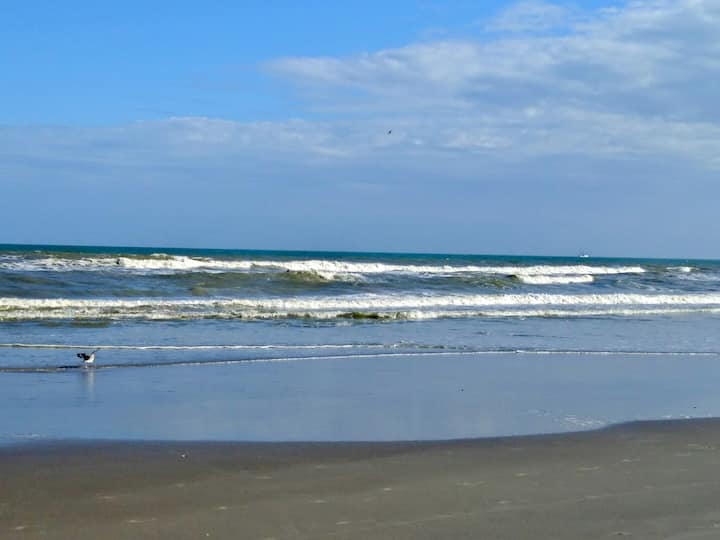 2 bed, 2 Bth Ocean View Cocoa Beach