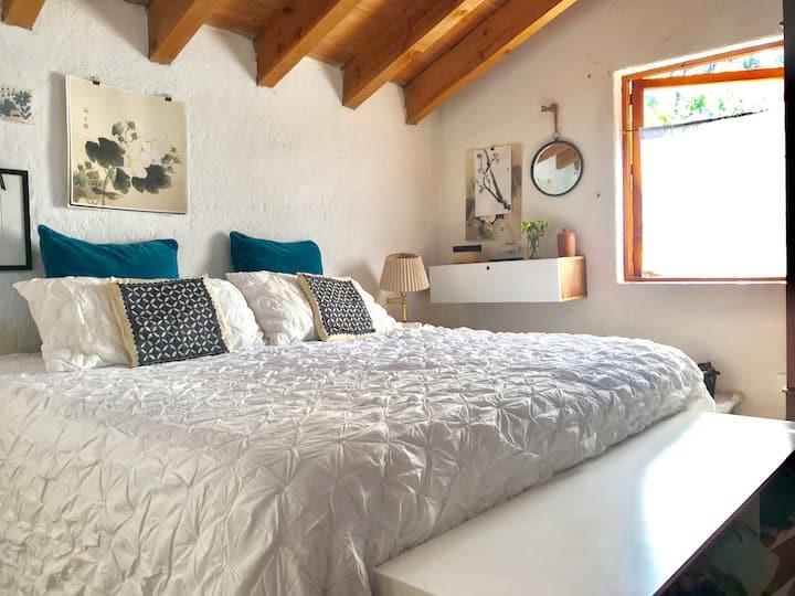 Hermosa casa en Avandaro con jardín y bosque